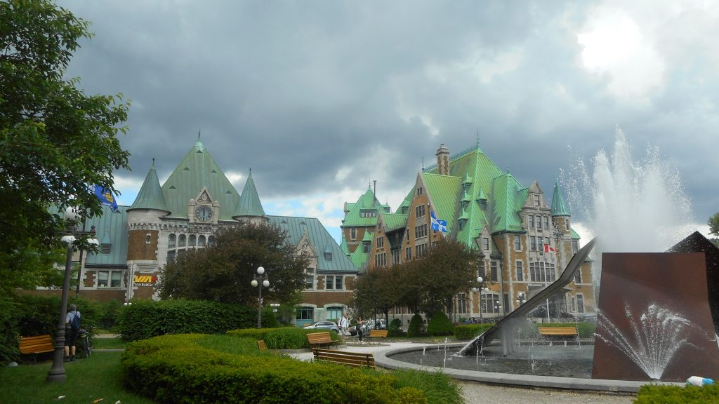 quebec-place-gare