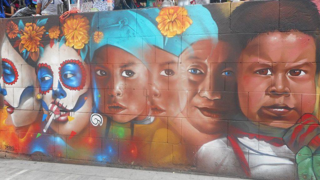 mexico-calle-moneda