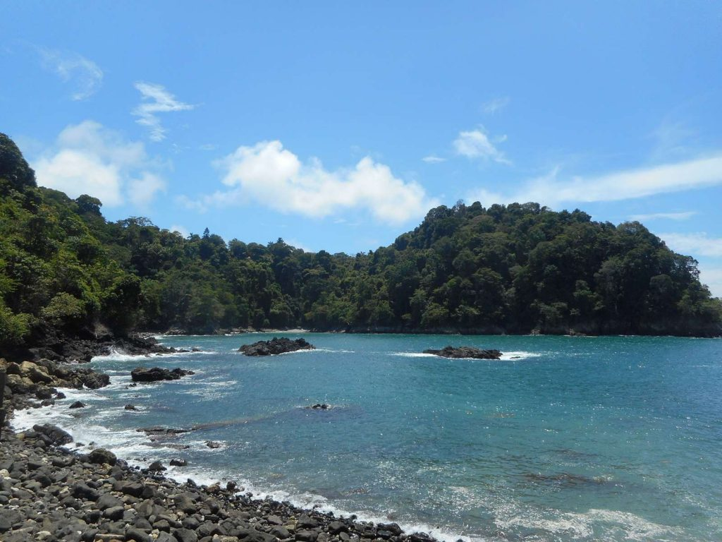 costarica-plage-jungle