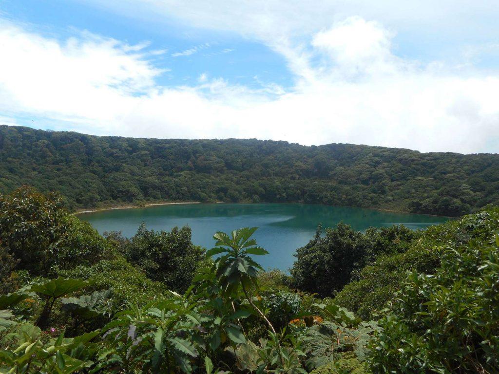 costarica-volcan-poas