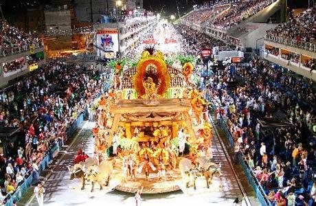 bresil-carnaval-defile