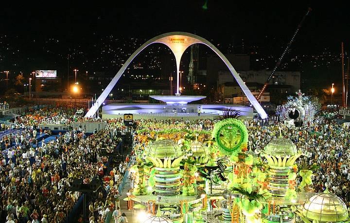 bresil-carnaval-defile2
