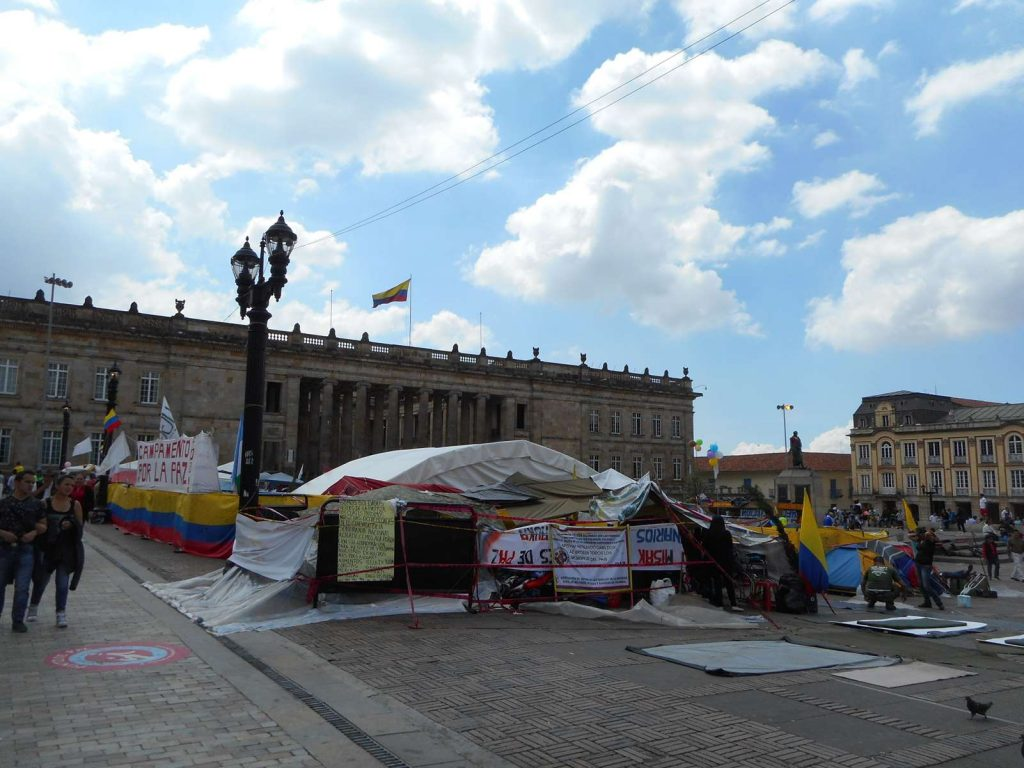 bogota-plaza-bolivar
